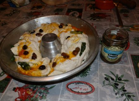 Menu per bimbi: rotolone di pizza con olive